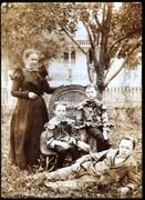 Emma Nottingham Kern,Orrie sitting,Myron, James ground