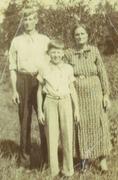 Jeff Coffey,his wife Lina Mae Barnett and their son Hughy