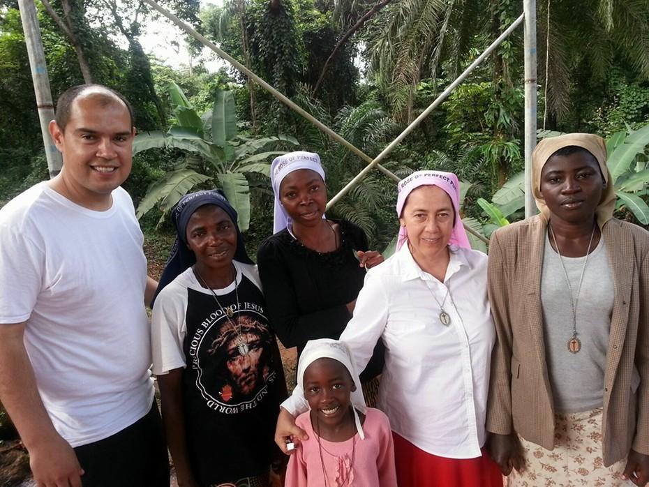 Padre Omar en Nigeria