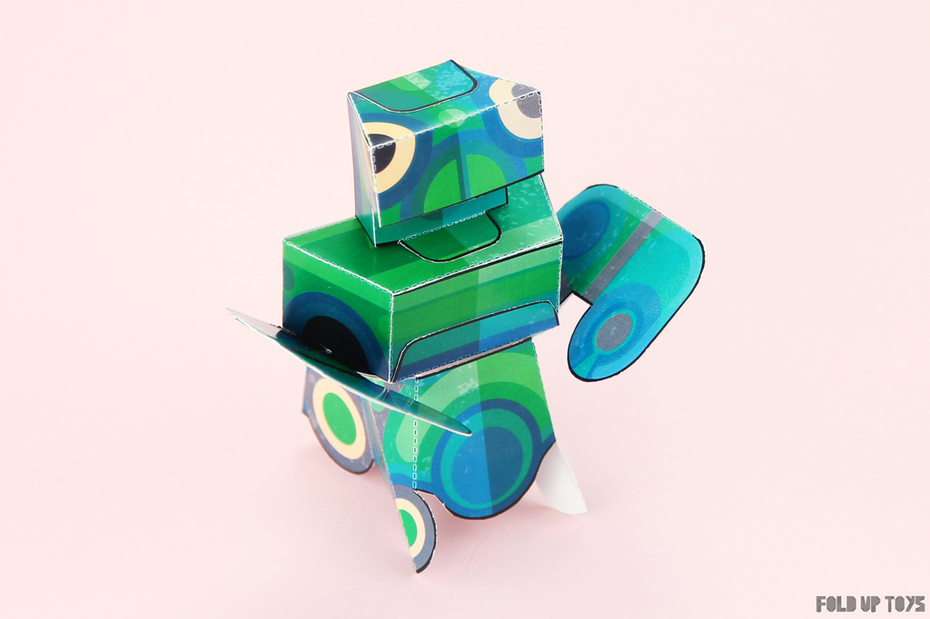 Martian Mantis Paper Toy - Side