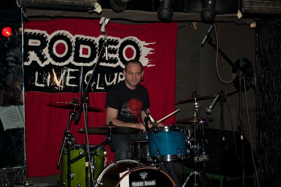 Muddy Roads Live at Rodeo Club 18 April 2010