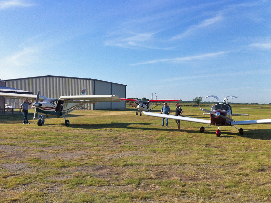 Three Zenith four-seat aircraft