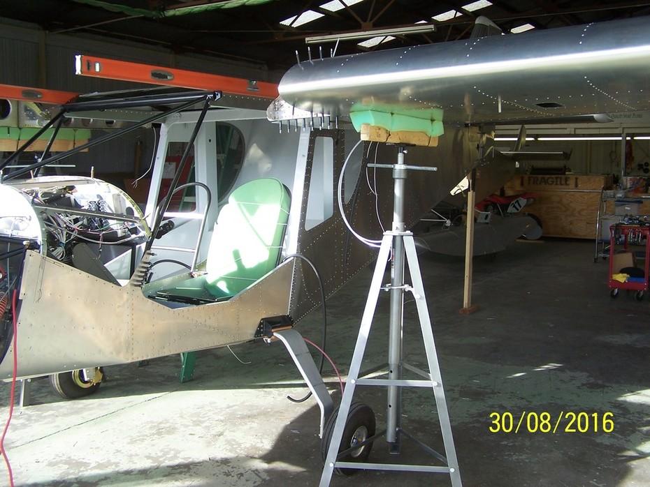 CruZer wing installation 001