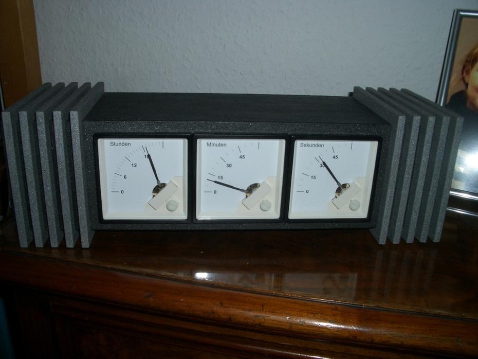 Sky Captains desk clock