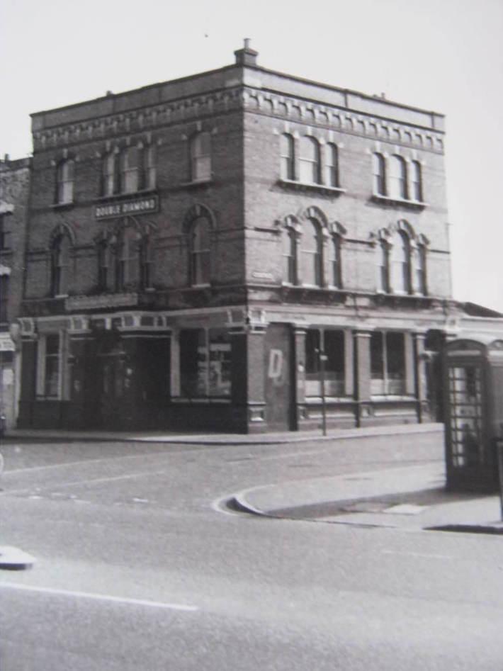 Springfield Park Tavern.Circa 1965