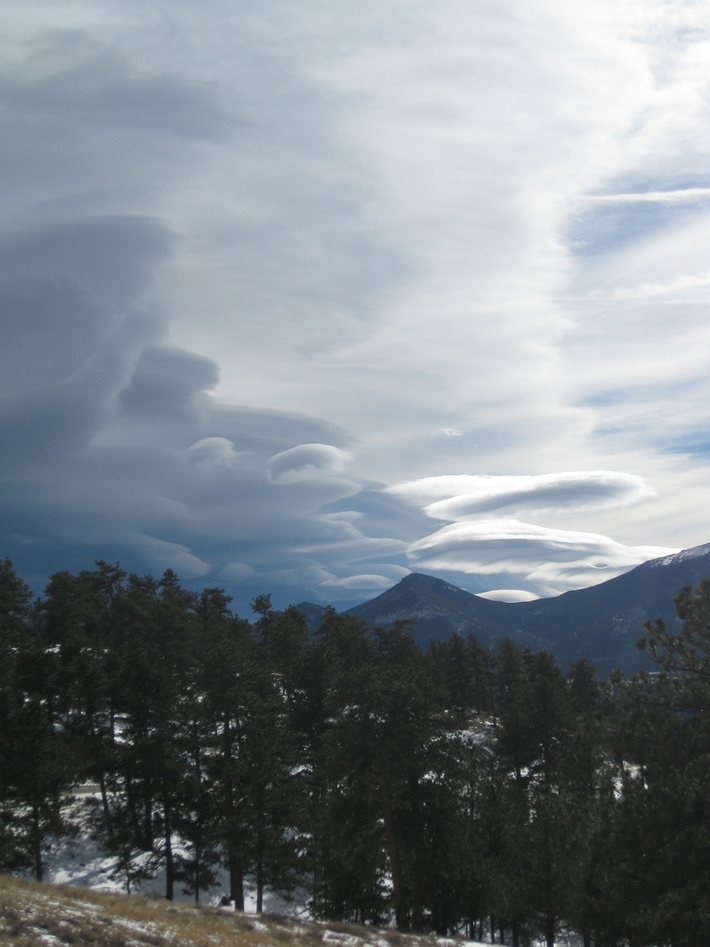 Alice in Wonderland clouds, view from Estes Park