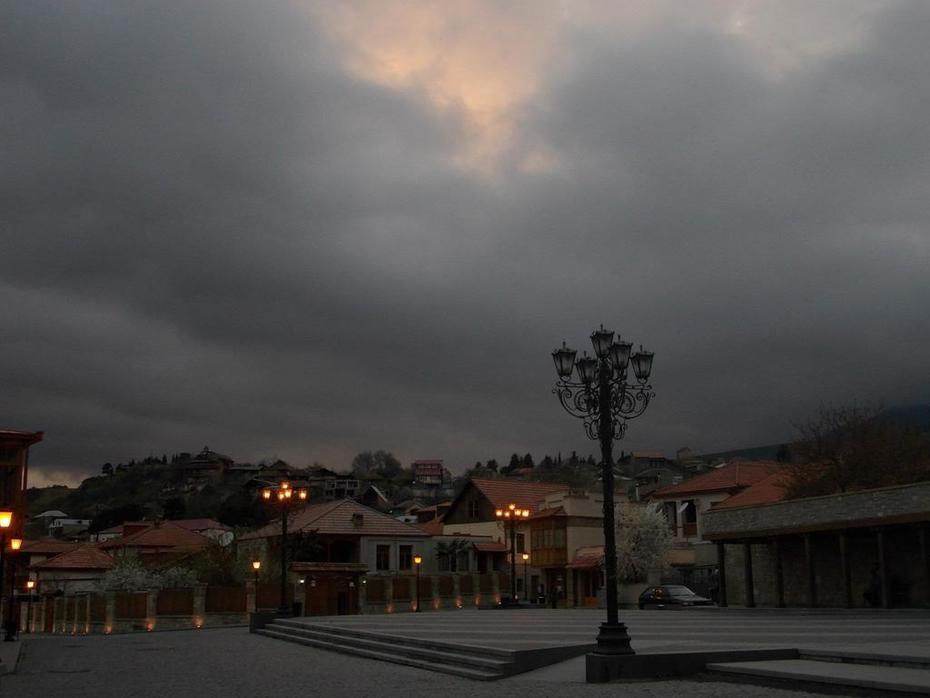 ცამ დაიხურა პირბადე