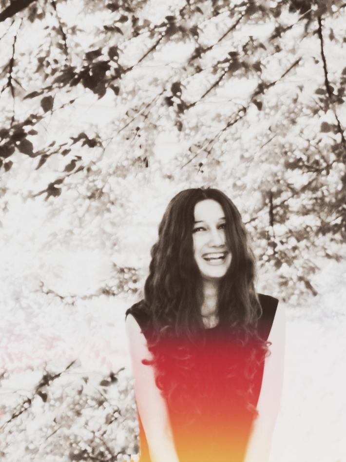 ღიმილი. სამყარო აქეთკენ გადატყდა