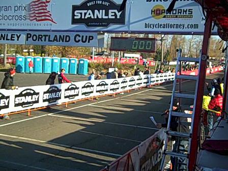 Women's start, USGP Stanley Cup, Portland, 2009 Day 1