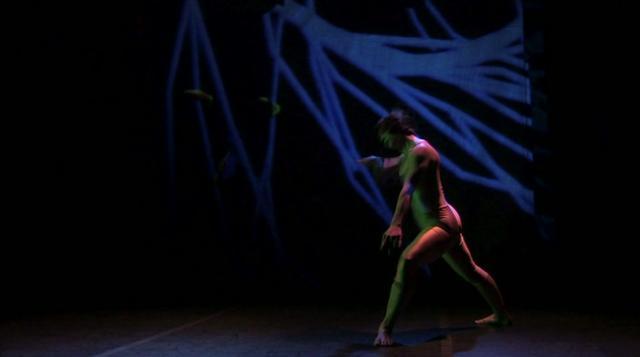 Lensascompass, Stage 1 - Kim Gibilisco Dances