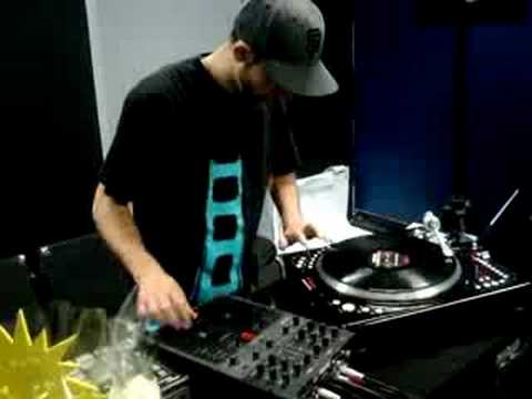 Teeko Controller One Showcase @ Scratch NYC part 1