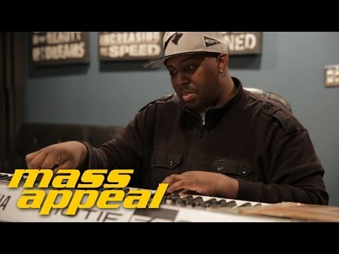 "Watch Erick Sermon Create a Beat by Using Three Random Records for Mass Appeal's ""Rhythm Roulette"""