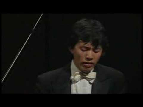 Yundi Li plays Chopin Nocturne Op. 9 No. 2