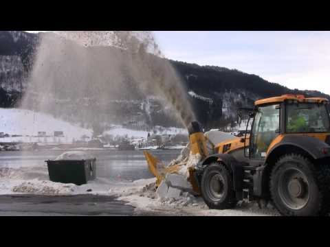 JCB 8250 with Dalen 2014