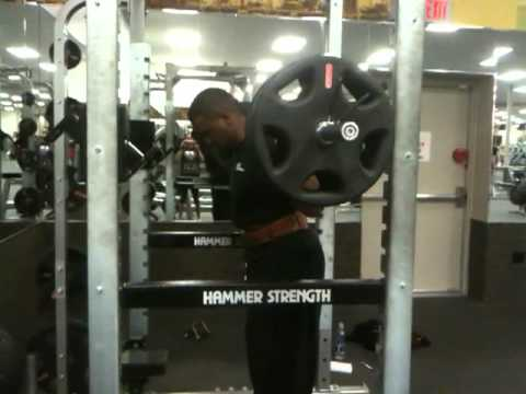 Barbell Squats 405lbs for 5 reps !