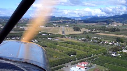 Landing in Motueka - New Zealand