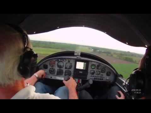 Zodiac 601XLB short landing @ Aerosport, Tolima, Colombia