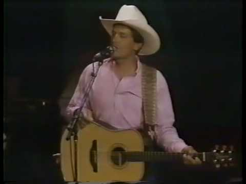 George Strait - Love Without End, Amen - Live From Tucson