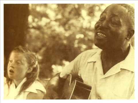 Rock'n'Roll Song from 1938! 'Trucking Little Woman' BIG BILL BROONZY