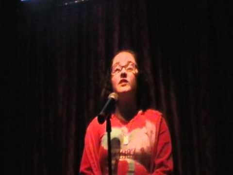 zoe alexa singing   if i die young by the band perry  at hamburger marys in kc
