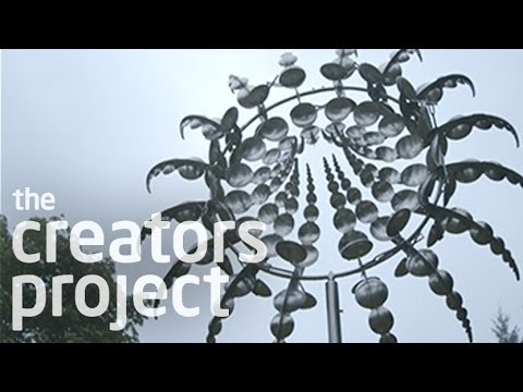 Anthony Howe's Otherworldly Kinetic Sculptures