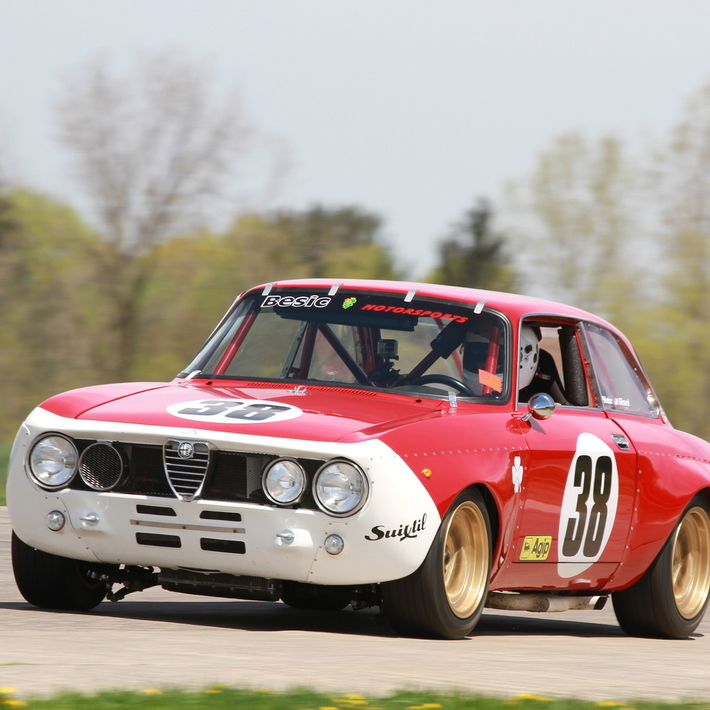 The Vintage Racing League