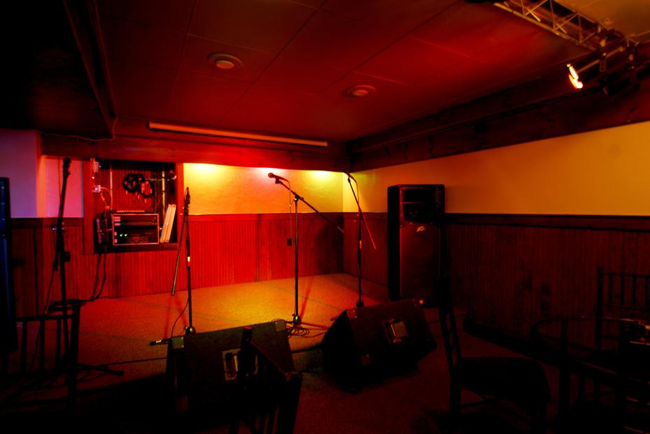 Speakeasy Stage