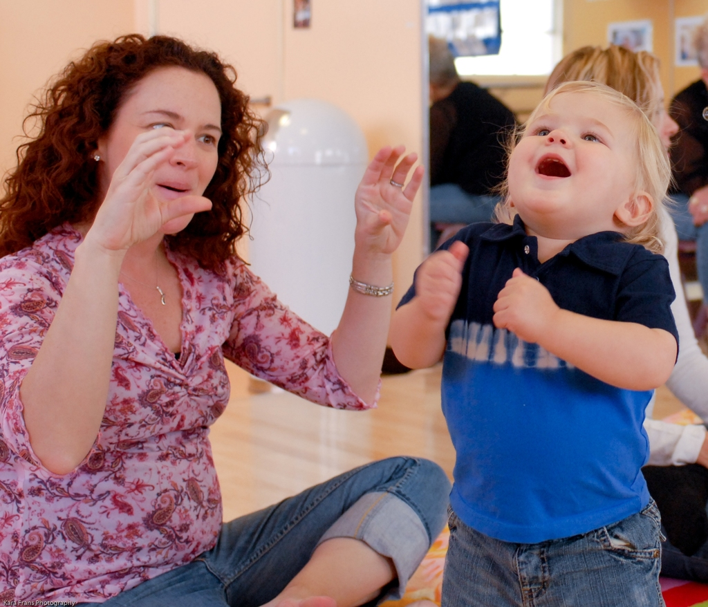 Baby Sign Language: Fun With Baby Signing