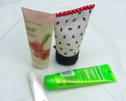Lotion tube pouch