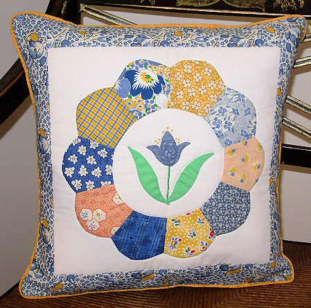 Dresden Plate and Blue Tulip Pillow Cover