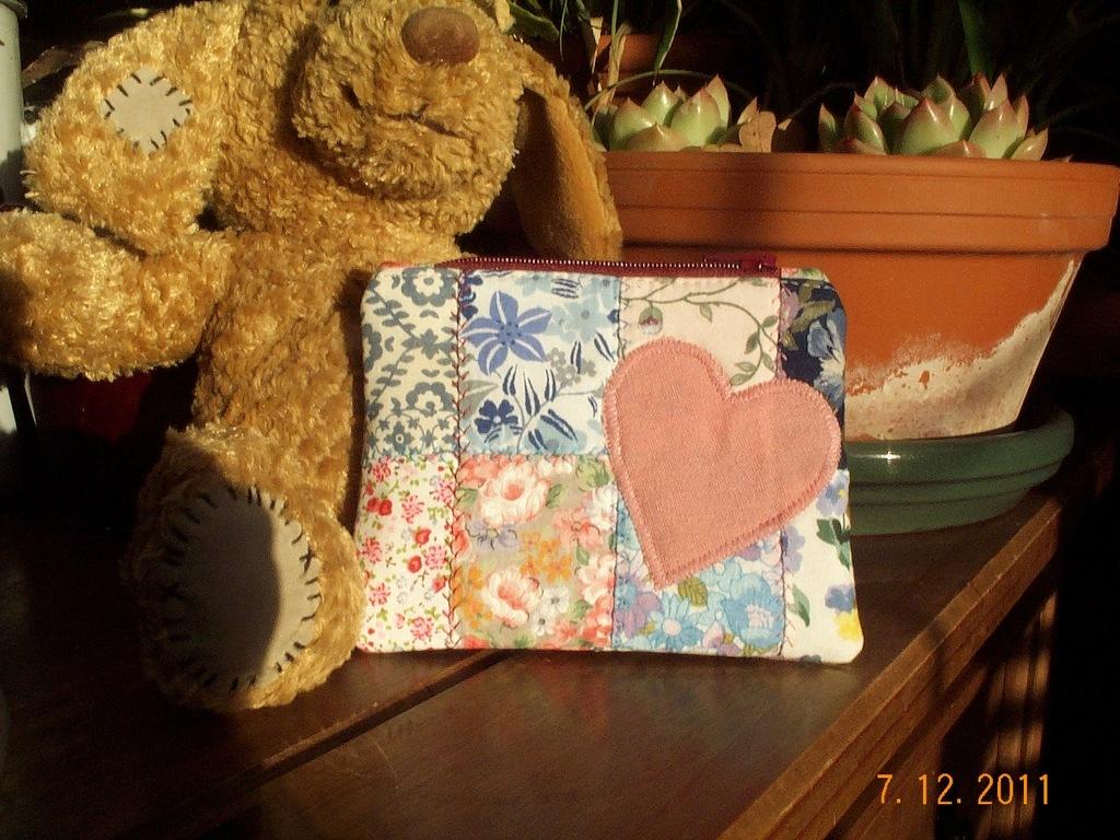 Patchwork purse front