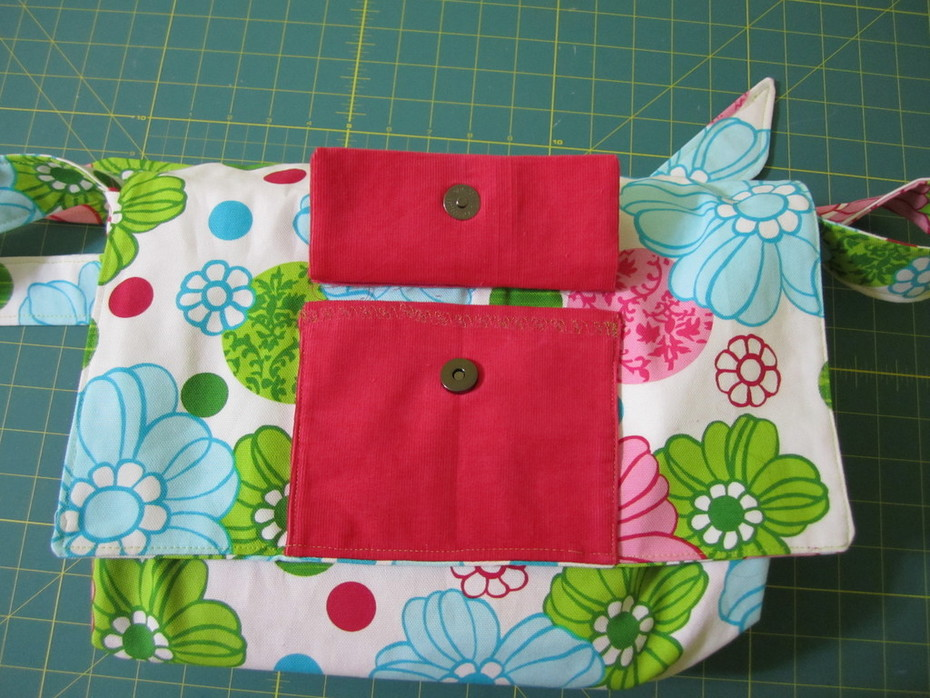 Renata's Take on The Daisy Book  Front Pocket