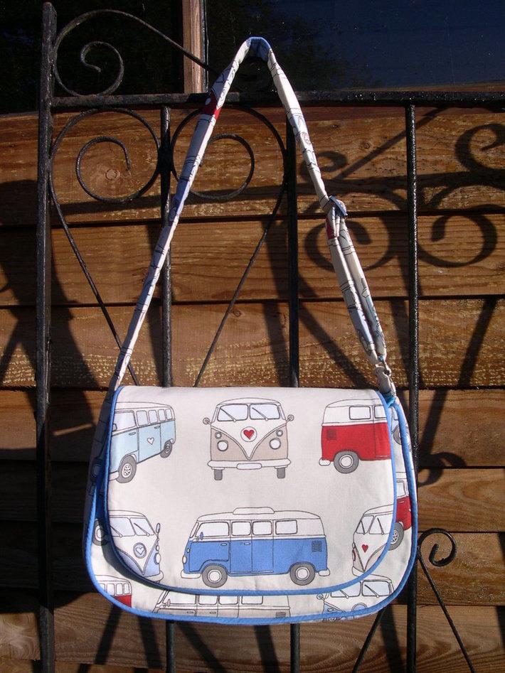 Camper Van Mirabelle Messenger Bag