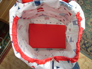 Oilcloth Wheeled Shopping Bag inside