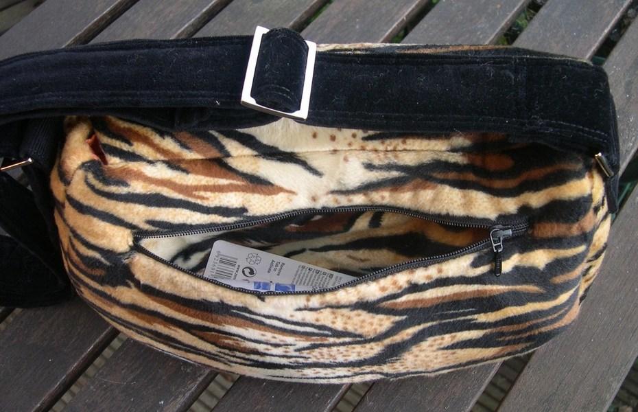 Tiger Velboaskin Rosie - exterior pocket