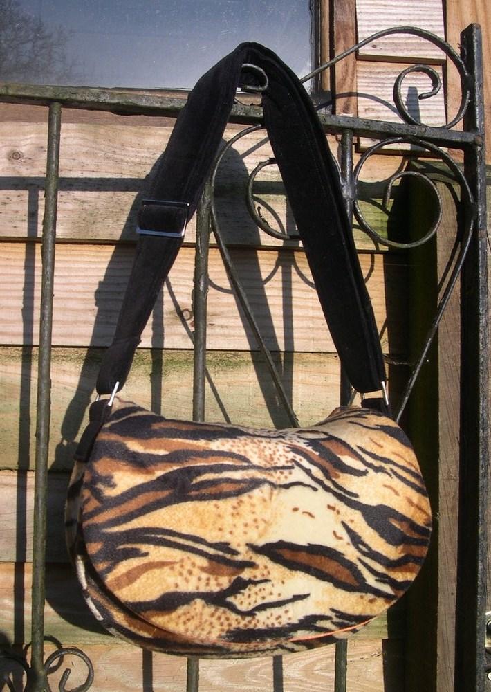 Tiger Velboaskin Rosie crossbody bag