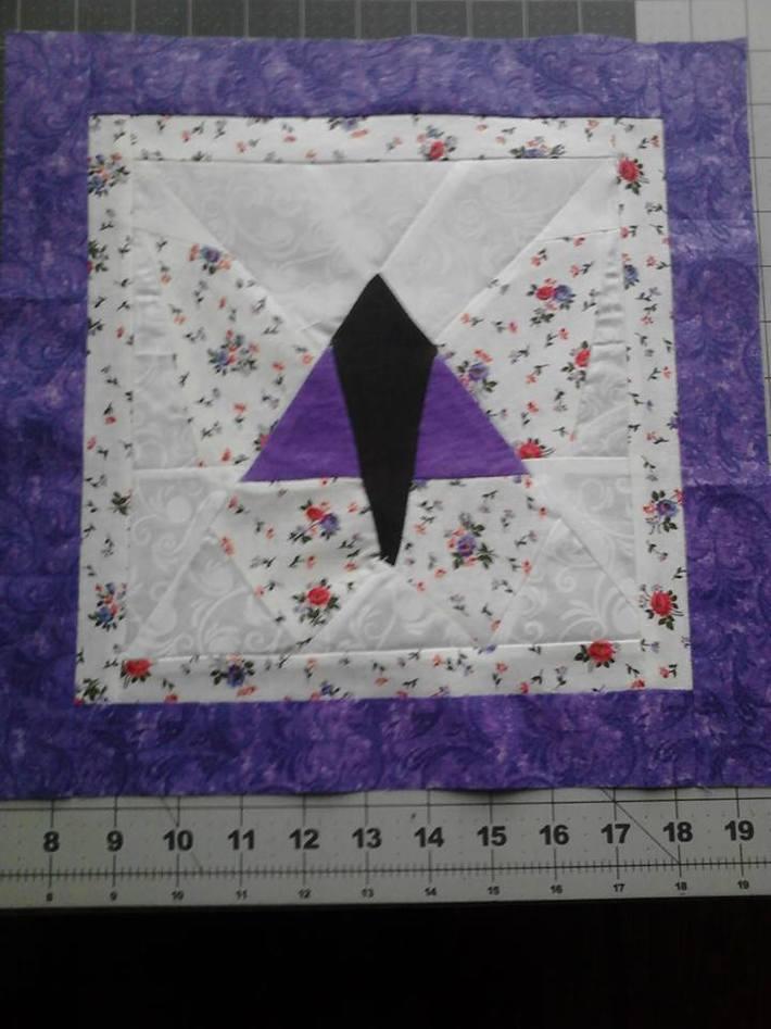 Pieced Spring Quilt Block for November