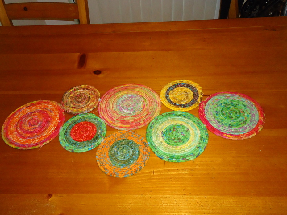 Coiled round and round table runner