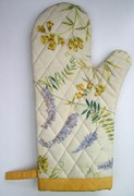 Quilted Oven Mitt and Hot Pad Sewing and Quilting Projects