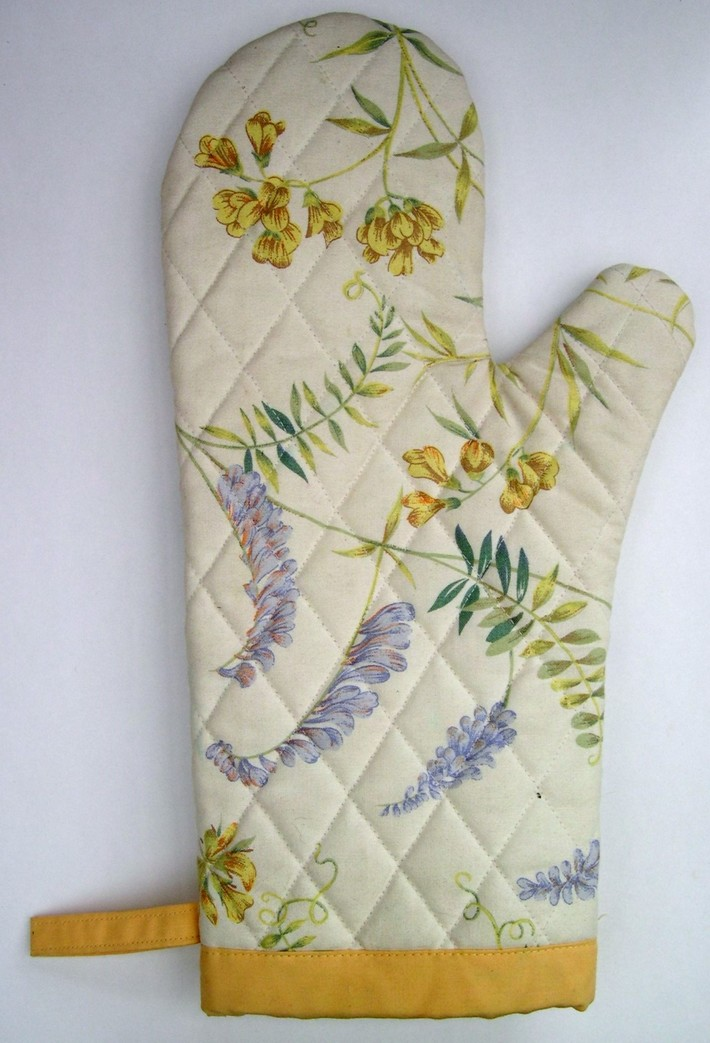 Long Arm Oven Mitt (Back) for Spring!