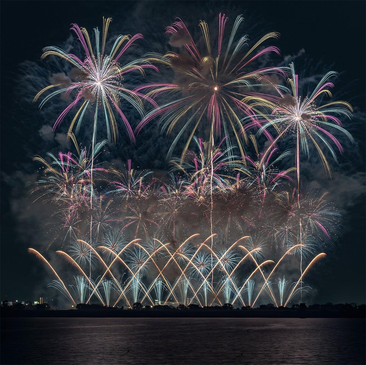 ფოიერვერკი, ფეიერვერკი, ფესტივალი, იაპონია, ქველი, ბლოგი, fireworks, feierverki, festival, japan, qwelly, blog, ilura