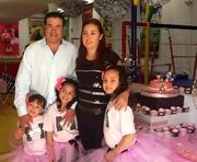 SOFIA Y REGINA GLORIA DE HOYOS BIRTHDAY PARTY!!!