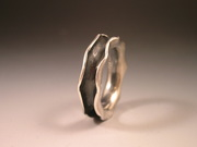 Wave Ring Silver & black