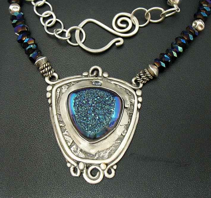 bluedrusynecklace