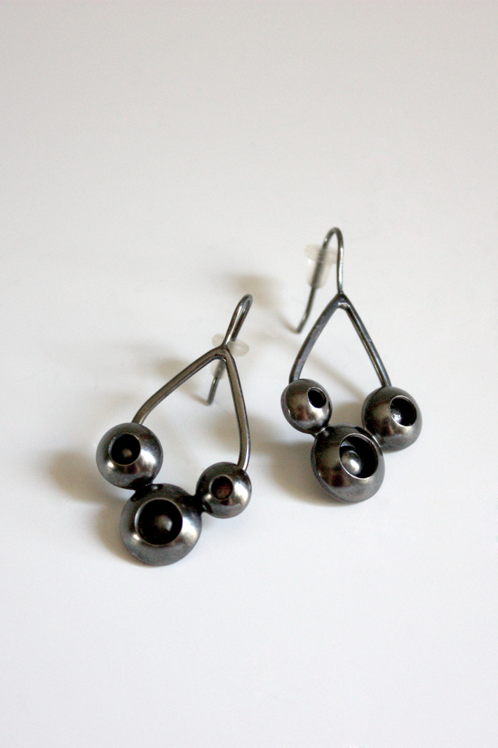 Colony Droplet Earrings
