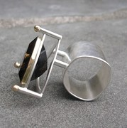 smokey topaz ring, side view