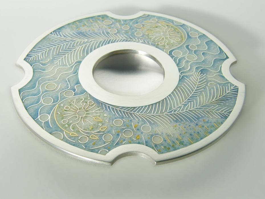 01-ruthball-winterfrost-dish-10cmdiam-enamelonsilver-2010