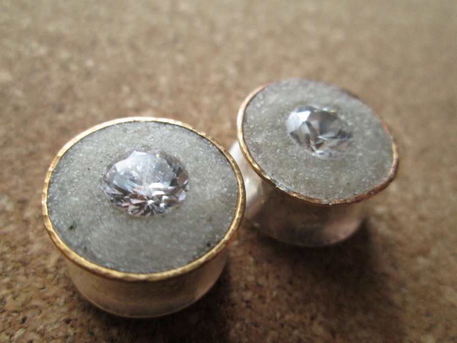 Horn and Gem Plugs