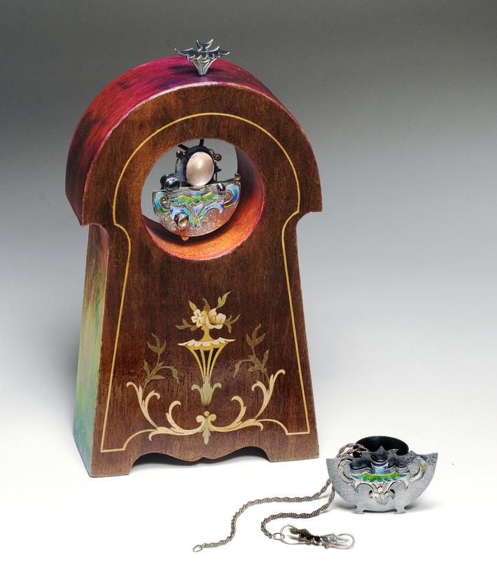 VERNALIA Case & Jewels 300 dpi
