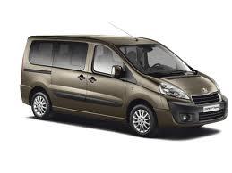 Renting Minivan Peugeot Expert Chile